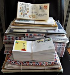 World - Batch with over 1200 postal items etc. and 274 FDCs