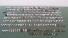 Collection of 325 thimbles.