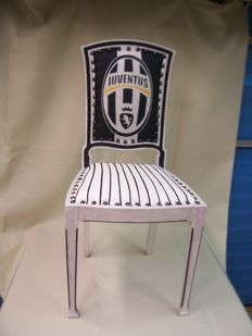 Chair dedicated to JUVENTUS football team