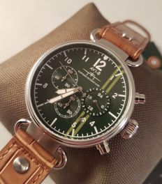 AVI-8 Hawker Hurricane Pilot Chronograph - never worn men's watch - Gift set with unique collector's box for 5 watches - 2017