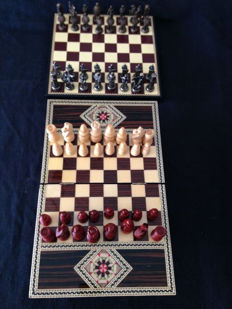 Chess made of marquetry wood and bronze