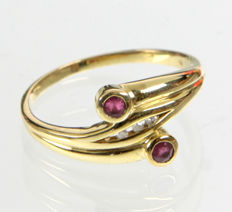 Ruby ring with brilliants - 333 yellow gold