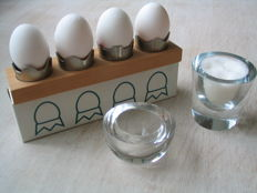 Willem Noyons – clear glass salt shaker + multifunctional napkin rings / egg cups