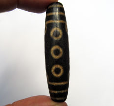Large agate bead - 10 Eyes - Tibet - Late 20th century
