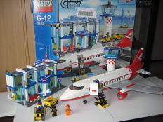 City - 3182 - Airport