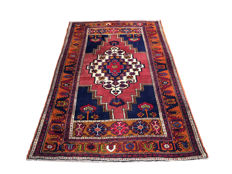 Gorgeous antique hand-made rug: Antique Kula 240 x 153 cm circa 1940!