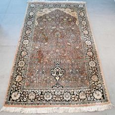 Magnificent silk Kashmir carpet – 154 x 93 – unique design – with certificate