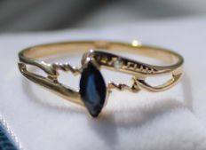 14 kt yellow gold ring with sapphire – Ring size 18