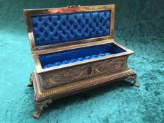 Jewelry Chest or Treasure Box - France - Partly gilded - ca. 1885