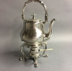 Silver plated kettle with beautifully hammered decoration, England, ca. 1860 **