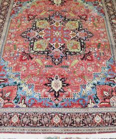 TABRIZ PERSIAN FINE CARPET