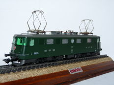 """Märklin H0-3337- electric locomotive series Ae 6/6 with coat of arms """"Stadt Basel"""" of the SBB FFS"""