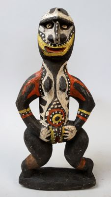 Female Nogwi figure - Kwoma - Washkuk Hills - Papua New Guinea