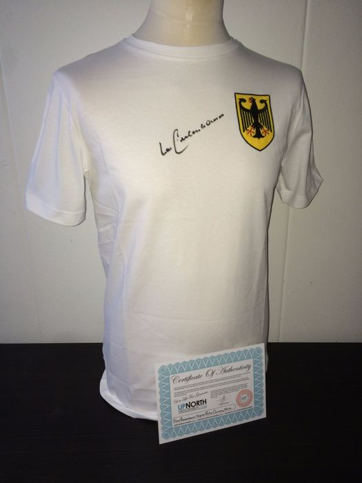 Germany / Franz Beckenbauer - Signed Germany World Cup 1974 shirt + COA.