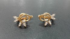 Earrings in 750 gold with diamonds