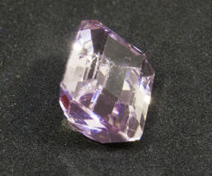 Kunzite - 8,49 ct - No Reserve Price