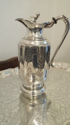 1870 francis howard sheffield superb water jug antique silver plated.