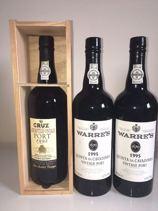 "2x 1995 Vintage Port Warre ""Quinta da Cavadinha"" & 1x 1995 Late Bottled Vintage Port Cruz - 3 bottles 0,75l"