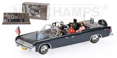 Minichamps - Scale 1/43 - Lincoln Lincoln Continental four-door convertible - Presidential Vehicle Series - No.1