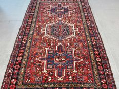 Beautiful old Heriz Persian carpet – 115 x 75