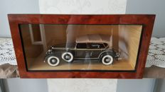 Motor City Classic - Scale 1/18 - Lincoln KB type 1932