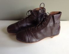 Leather vintage football shoes