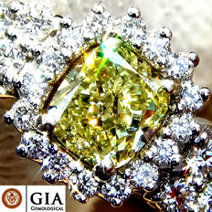1.13 Ct Untreated Natural Fancy Yellow Diamond Solitaire Engagement Ring in 18 kt white gold – GIA Certified - No Reserve