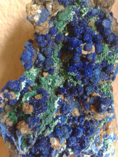 Excellent rare sample azurite & malachite crystals -  10 x 6 x 4 - 210 gr