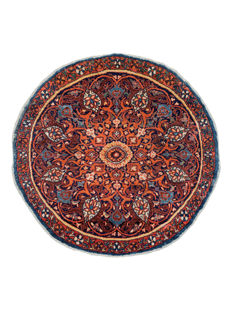Antique, round Isphahan carpet – 85 cm round