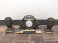 3-piece Art Deco clock set with griffins and marble base