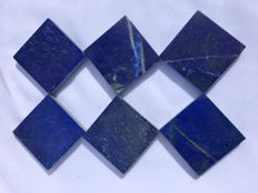 Set of hand-polished Lapis Lazuli tiles, mixed quality - 5 x 5cm - 424gm  (6)