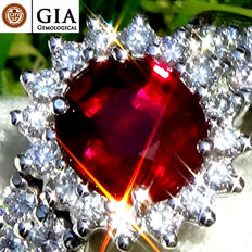 Unheated Natural 1.76 ct Red Ruby And Diamond Cocktail ring in 18 kt white gold – GIA Certified – No Reserve