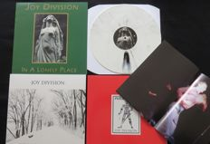 Joy Division - Great lot of 3 LP's, including 1 coloured and 1 very limited (200 copies) , handnumbered Futurama LP + poster