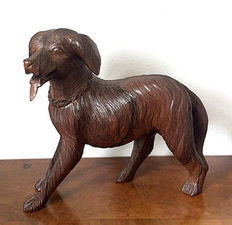 Beautiful detailed statue of a dog - early 20th century - Europe