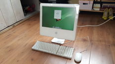 Apple iMac G5 (A1058) - 17''inch 1.6Ghz, 512MB Ram, 80GB HD incl. Apple Keyboard and Mouse etc.