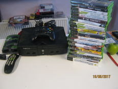 Microsoft Original X-box incl 25 games.