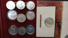 Republic of Italy - Lot of 10 coins, with values of 500/1000/2000/5000 lire - Silver.