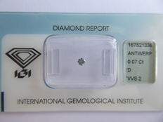 0.07 ct brilliant-cut diamond D/VVS2