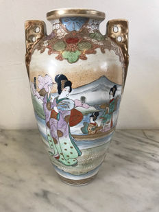 Satsuma vase with Royal Nishiki Nippon hallmark – Japan – early 20th century