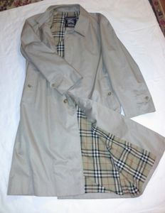 Burberry's  – Trench coat