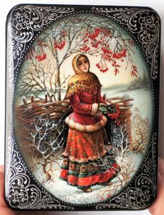 "Russian lacquer box  - ""Fedoskino"" – ""The Girl Under the Rowan"" – 20 century - Dimensions: 10 cm x 8 cm x 3 cm"