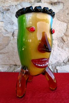 Unknown artist - superb Vase (3 kg - 29 cm) - Tinted Glass - Glass Artwork - Pablo Picasso Style.