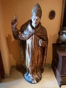 Impressive polychrome carving of the Bishop San Isidoro, patron saint of Seville - Spain - 17th century