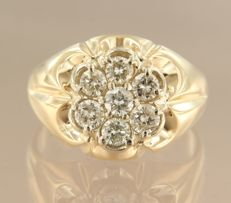 14 kt yellow gold ring set with diamonds, approximately 1.40 ct in total - ring size 21.5 (67)