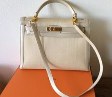 Hermès - Rare Kelly 32 in leather and horsehair.