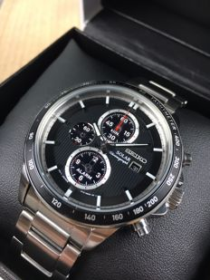 Seiko Solar Chronograph reference: SSC435P1 – men's watch