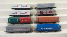Märklin H0 - 4515/4770 - 8 container carriages, with various containers