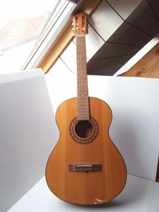 Melody guitar mod 325 - Italy - around 1985