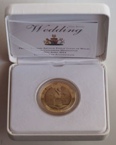 Great Britain – 5 Pound 2011 'Royal Wedding Kate & William' – Silver-plated