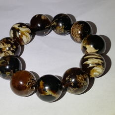 Bracelet of Mexican Amber beads of  cognac / brown colour, not modified, 48.8 grams, no reserve price